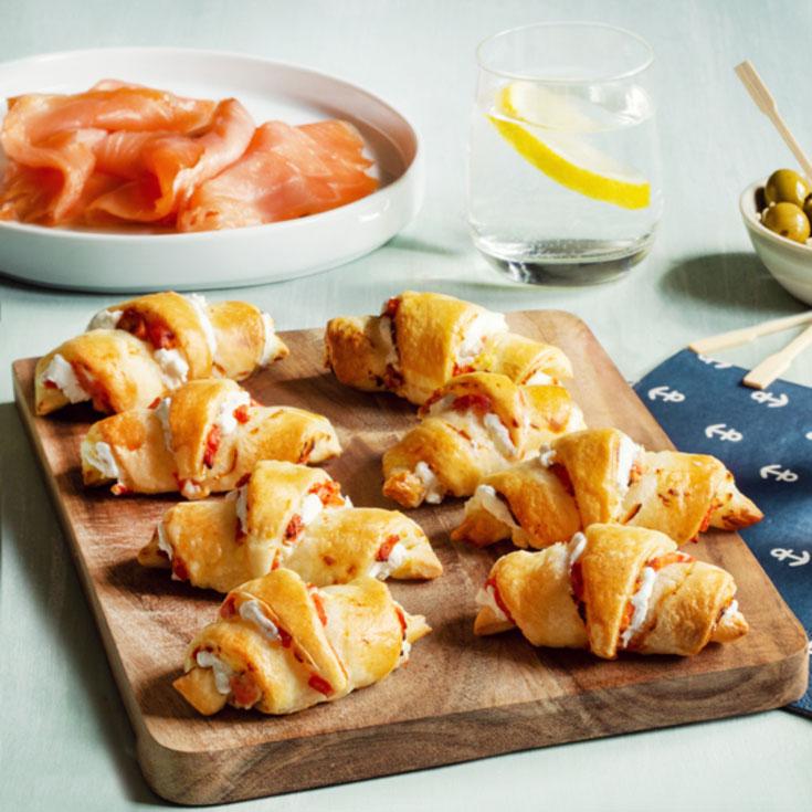 Mini Croissants au chèvre frais et saumon fumé