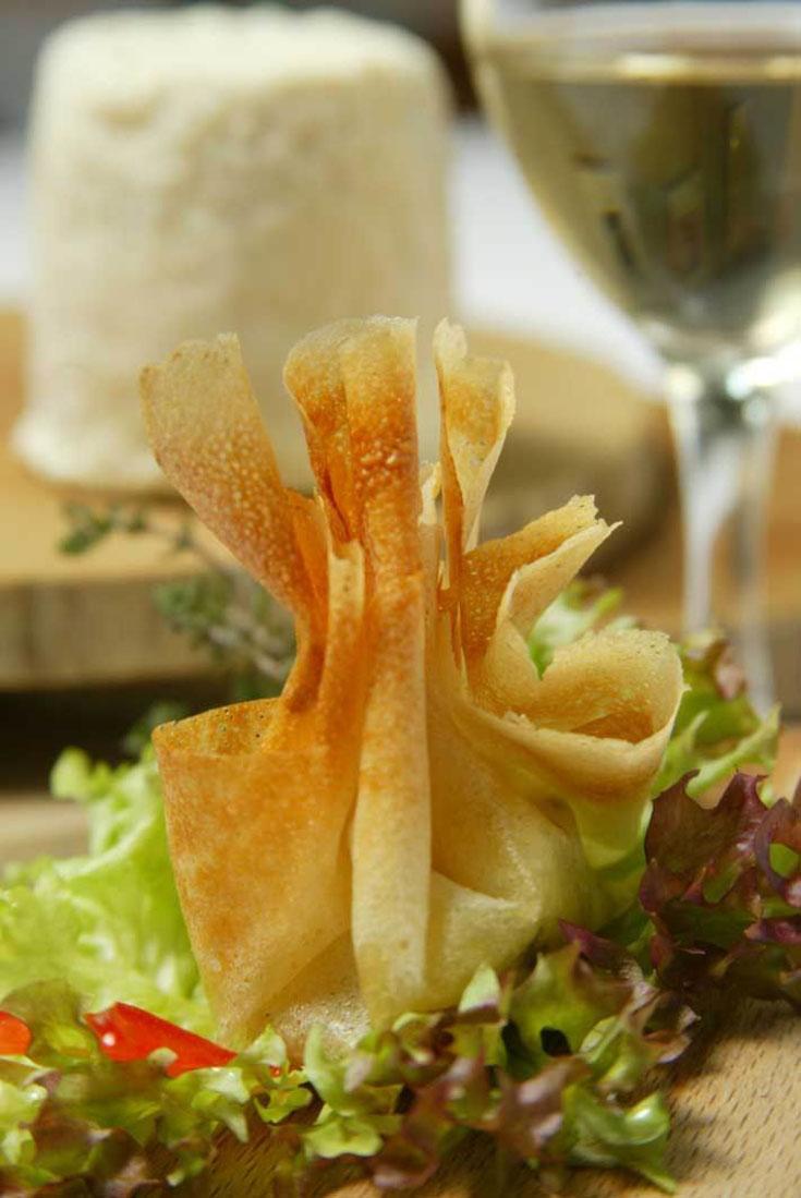 Aumonière de Chabichou du Poitou à l'huile d'olive et au thym