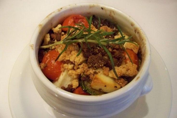 Crumble courgettes & tomates cerises au chèvre frais