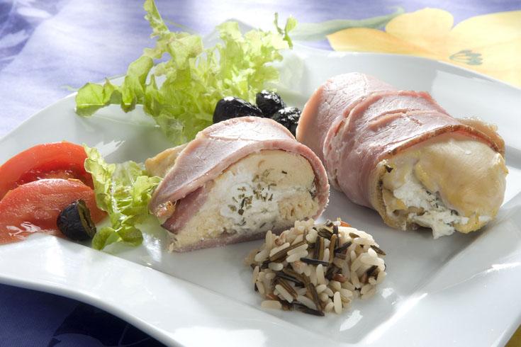 Escalopes de poulet au chèvre et au jambon cru