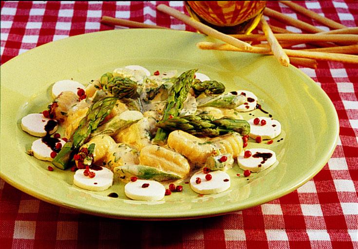 Gnocchis aux asperges et au fromage de chèvre