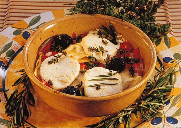 Gratin de raviolis au chèvre et tomates concassées