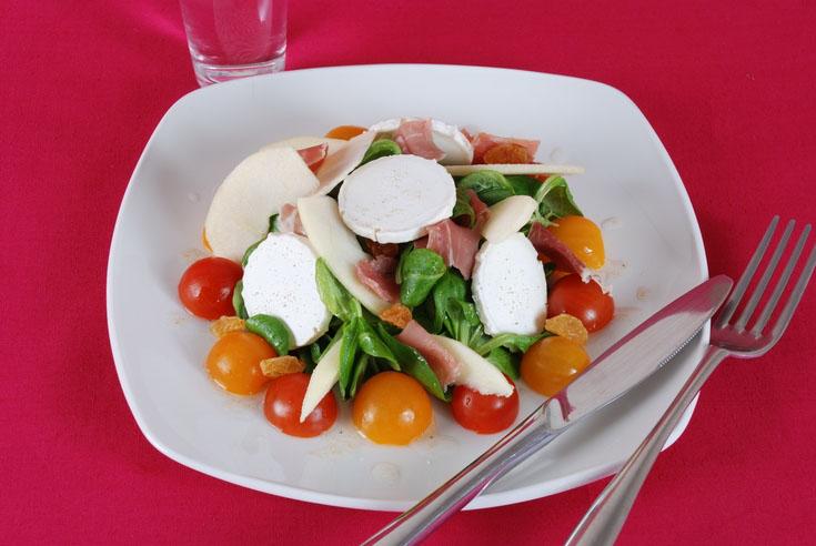 Salade de chèvre et jambon sec