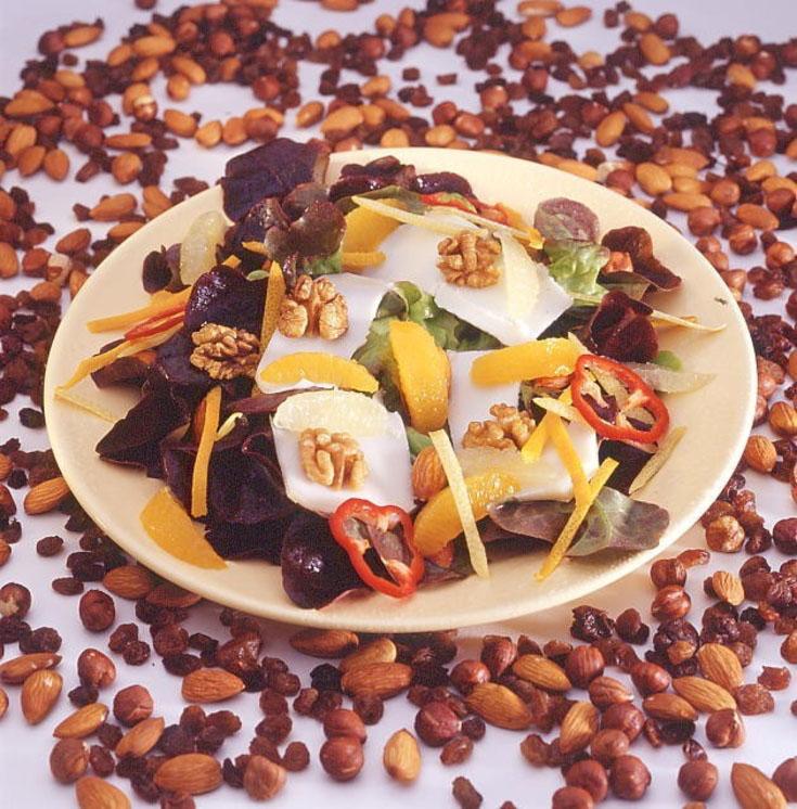Salade de chèvre aux fruits secs et agrumes