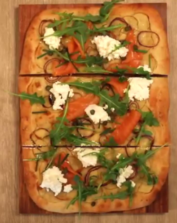 Pizza nordique au chèvre fouetté