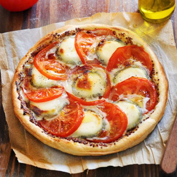 Tarte fine tomates et chèvre à la moutarde