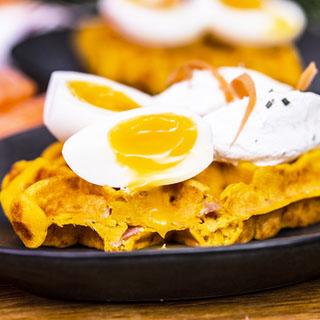 Gaufres fondantes aux carottes et fromage fouetté de chèvre