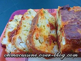 Cake chèvre chorizo et petits légumes