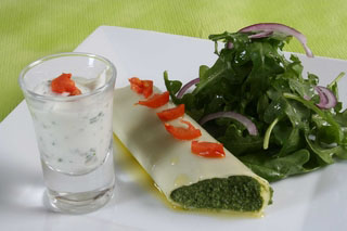 Cannellonis au fromage de chèvre, jambon sec et épinards