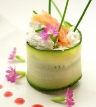 Maki de courgette, chèvre et saumon fumé
