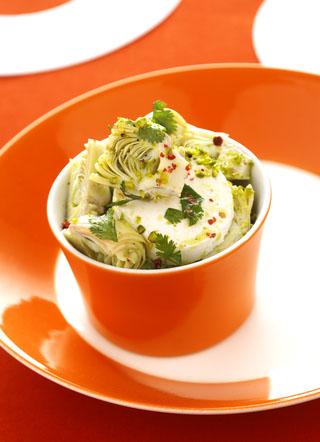 Salade d'artichauts et chèvre à la coriandre