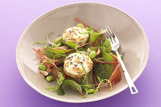 Salade de toasts de chèvre rôti au cumin